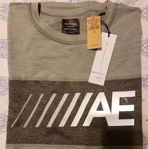 American Eagle Mens Large Flex Athletic T-shirt